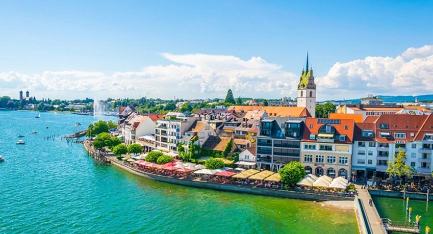 Berlin Friedrichshafen